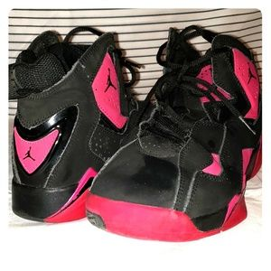 Girls Air Jordan Retro Black/Pink